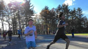 hc-va-simsbury-turkey-trot-fun-run-20171120