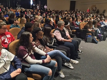 middle-school-crowd-1-middletown-jk-20180314-720x540_720_540_99_sha-100
