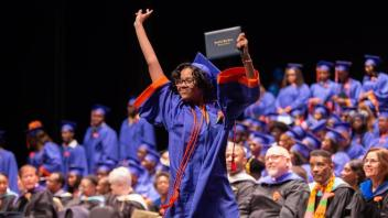 hc-pictures-bloomfield-high-school-graduation-20180620